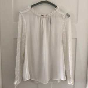 Anthropologie HD in Paris blouse size US 06